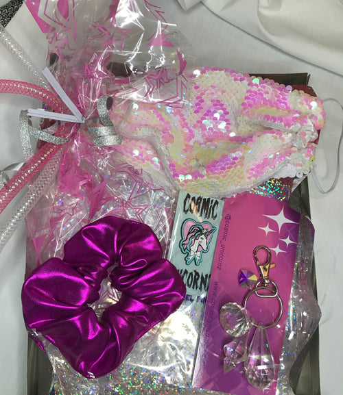 White Sequin Mask Gift Set