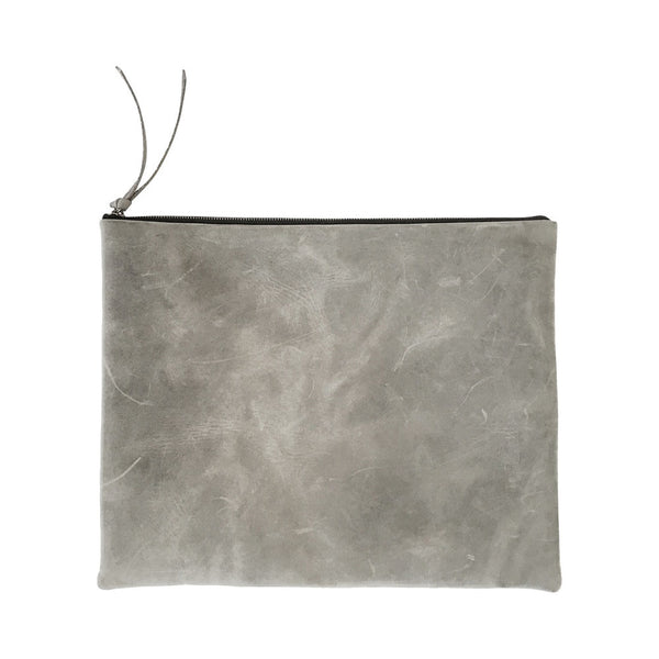 grande zippy clutch | grey