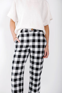 james capri pant | check
