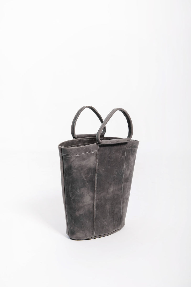 petite panel bucket | grey