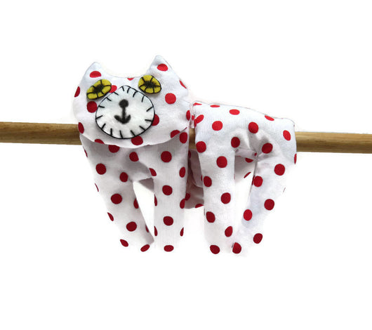 Flat Cat Rice Hot Cold Pack Microwavable Neck & Shoulders Wrap White with Red Spots Must Have Been The Cat