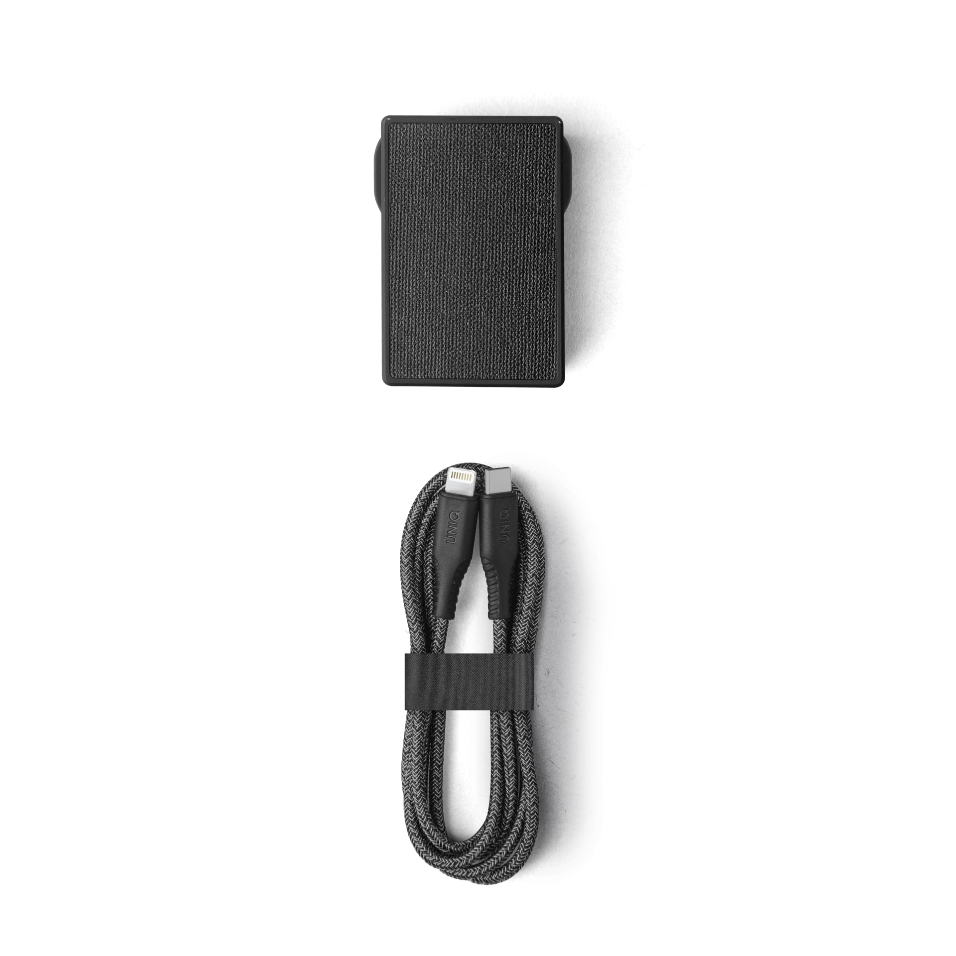 Uniq Votre Slim Kit USB-C PD 18W Wall Charger With USB- C to Lightning Cable(UK) - Charcoal(Black)