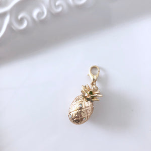 CLEARANCE - Gorgeous 2 in 1 Pineapple Dangle Clip Charm