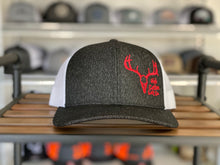 Deer Skull Offset Heather Black Red