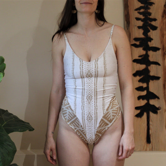 One-Piece Rooted Swimsuit