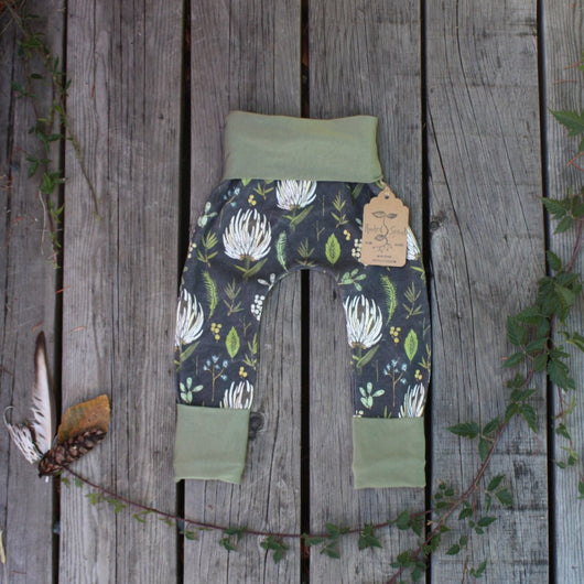 Grow With Me Pants - Flora