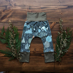 Grow With Me Pants - Adventure Awaits (Olive)