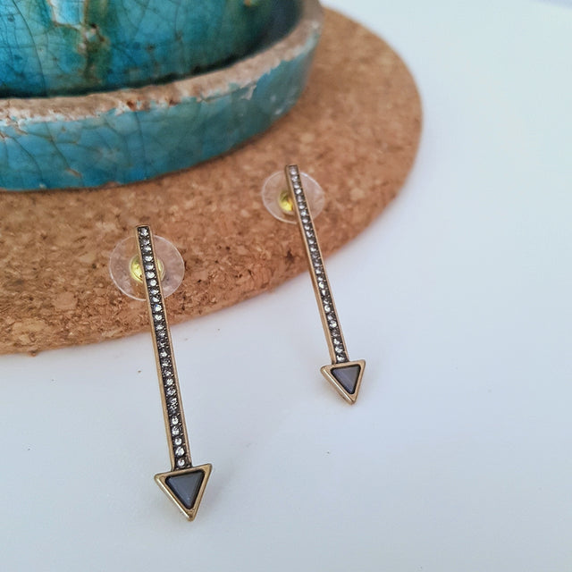 Gold and purple arrow earrings - Chubby Precious Accessories