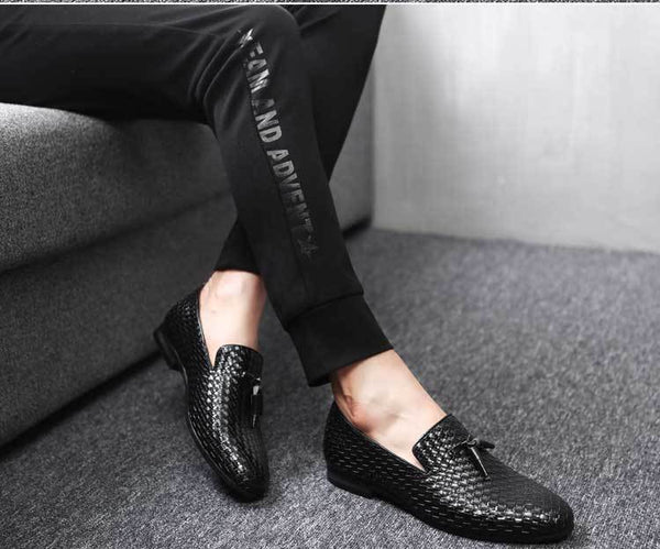 Elegant Mens Shoe