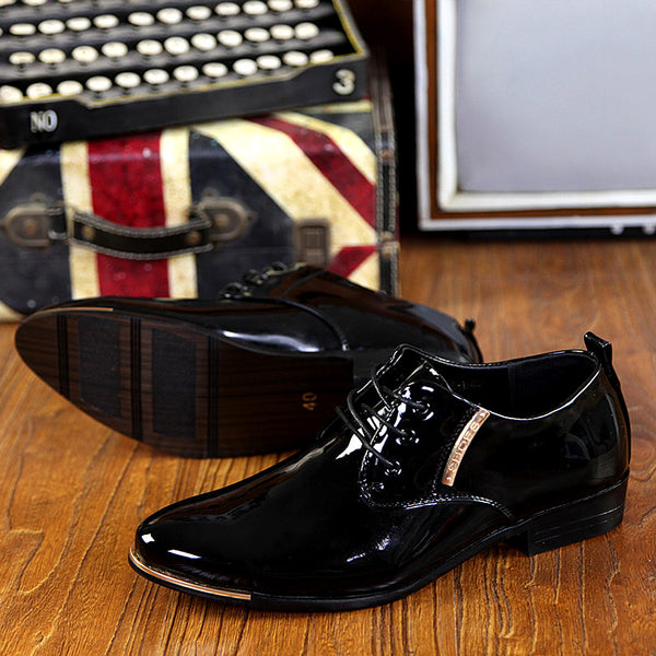 British Style Patent Leather Sober Shoe