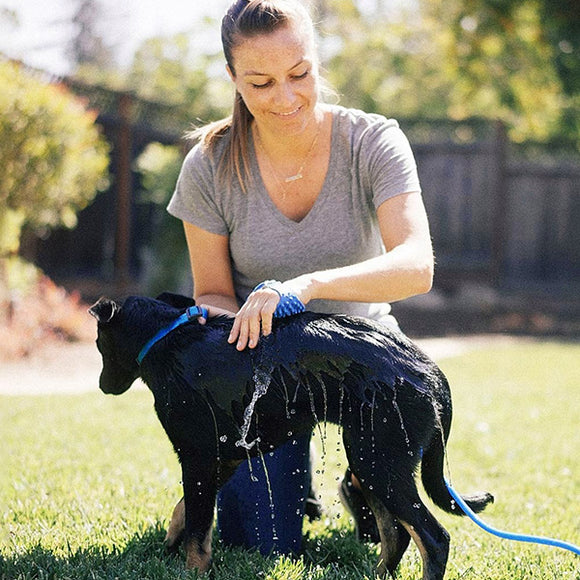 New Arrivals Trendy Palm-Sized Dog Scrubber and Sprayer Pet's Gadgets, [PerfecTrends_4U]