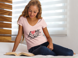 True Love 1Corin. 13:5 - Women's T-shirt