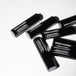 Tratamiento labial antiedad de GROWN ALCHEMIST - Age-Repair Lip Treatment