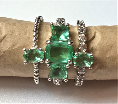 LOFFIE - Little Green Tear Drop Ring