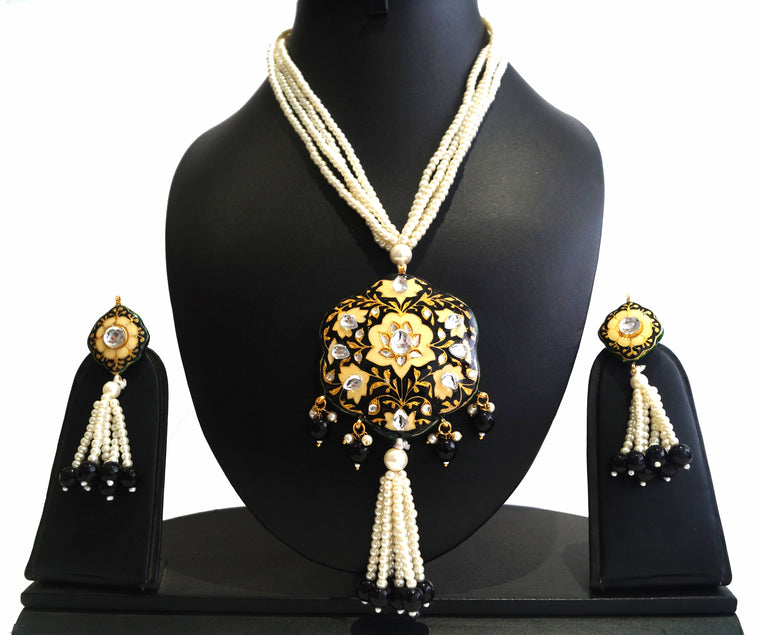 imitation jewellery bridal sets online shopping, Pearls necklace set with lac and meenakari pendant