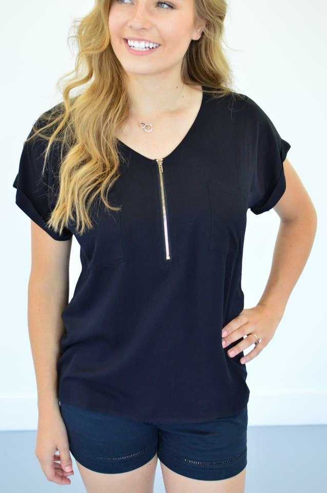 Exclusive Classic Zipper Tee | Black - MOB Fashion Boutique