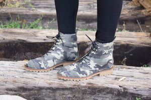 Hike it out boots in Camo - MOB Fashion Boutique