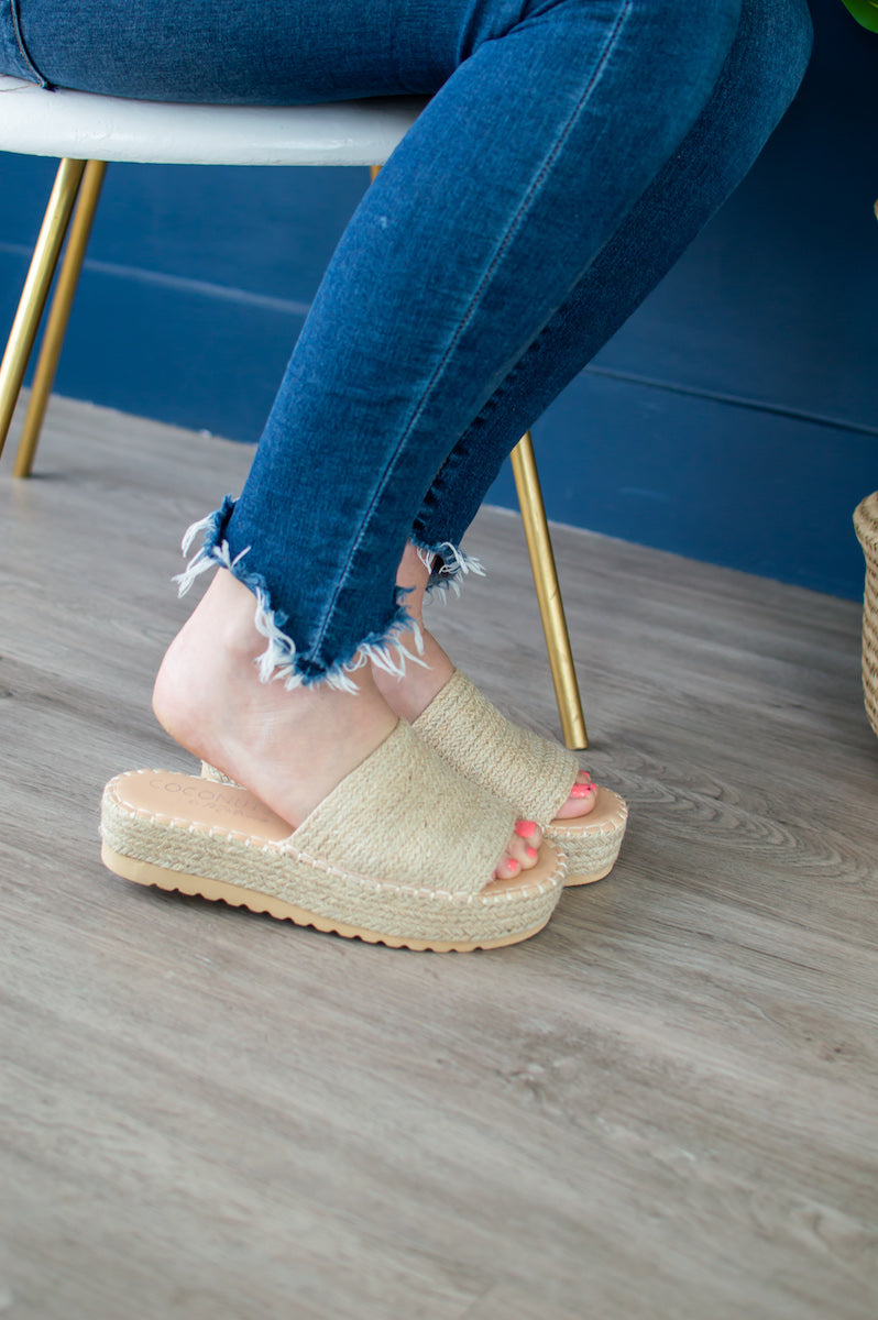 Summer Platform Slides | Natural Straw - MOB Fashion Boutique
