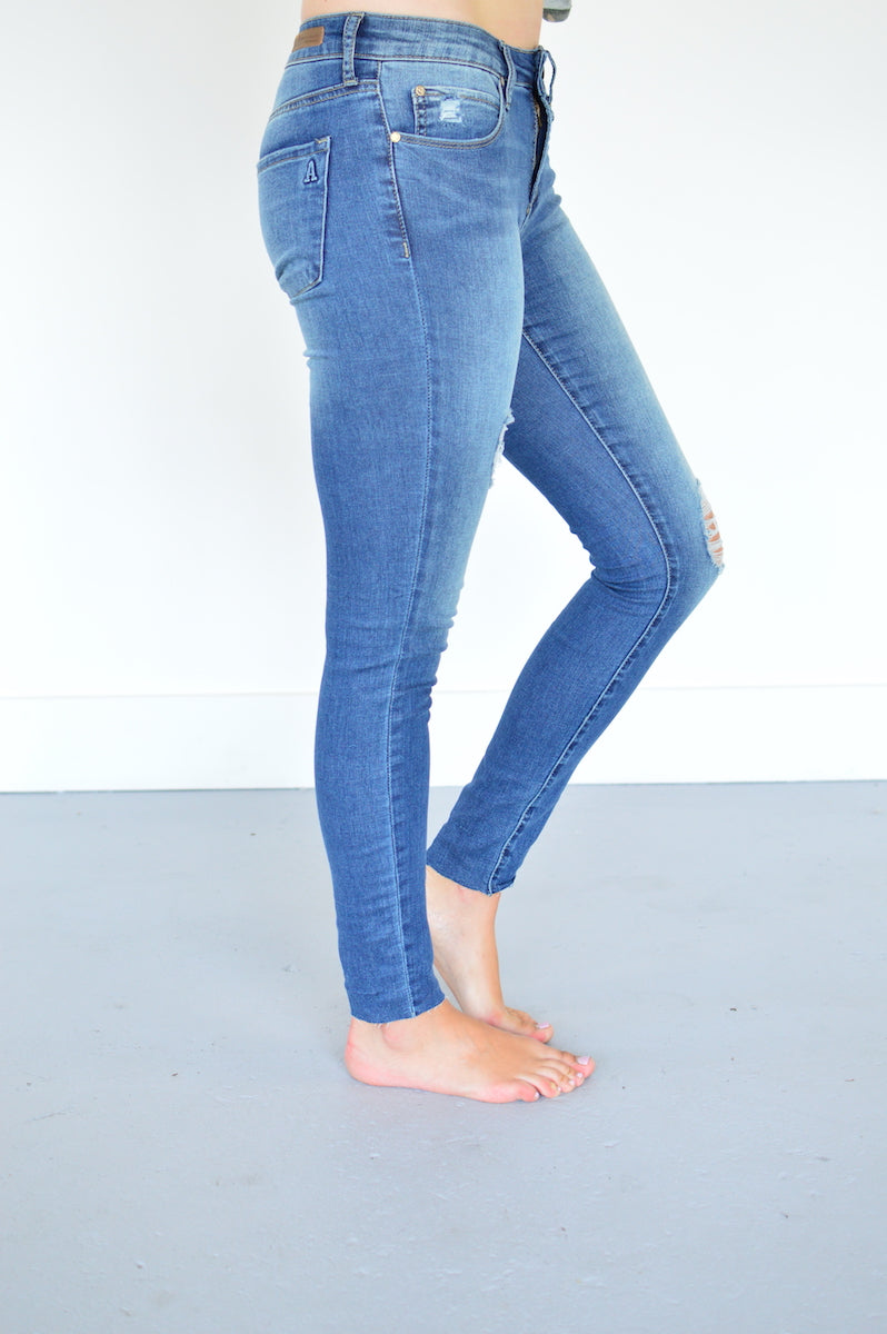 Articles Lightly Distressed Skinny Jean - MOB Fashion Boutique