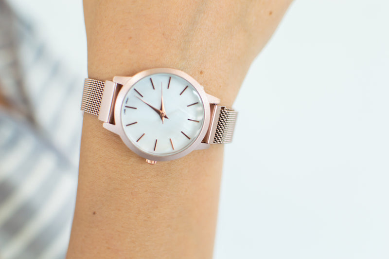 QRTZ Wrist Watch | Small Round Rose Gold - MOB Fashion Boutique