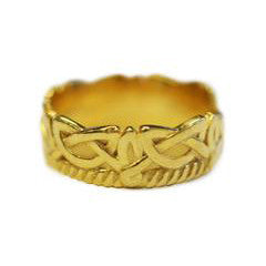 celtic-wedding-band-yellow-gold