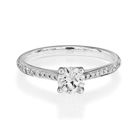 claw-diamond-engagement-ring