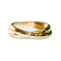 interlocking-wedding-bands-yellow-gold