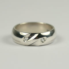 slashed-diamond-ring