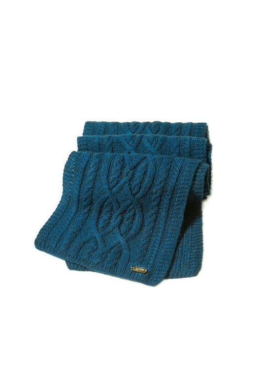 "Qiviuk ""Damaris"" Blue Bison Beanie and Scarf Set"