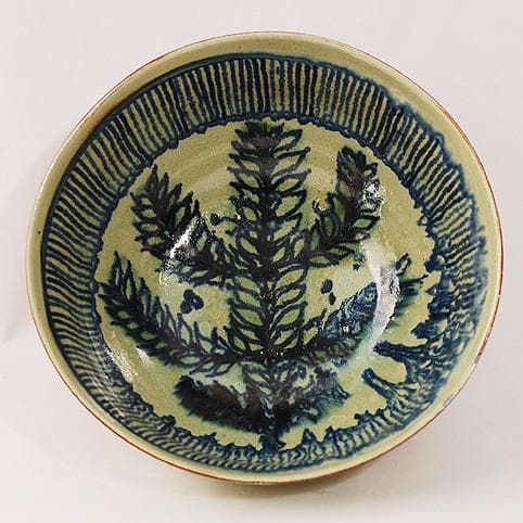 Earthenware bowl by Gundrum Meedom N1743