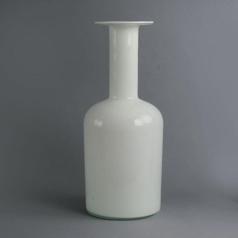 "White glass ""Carnaby"" vase by Per Lutken and Michael Bang for Holmegaard"