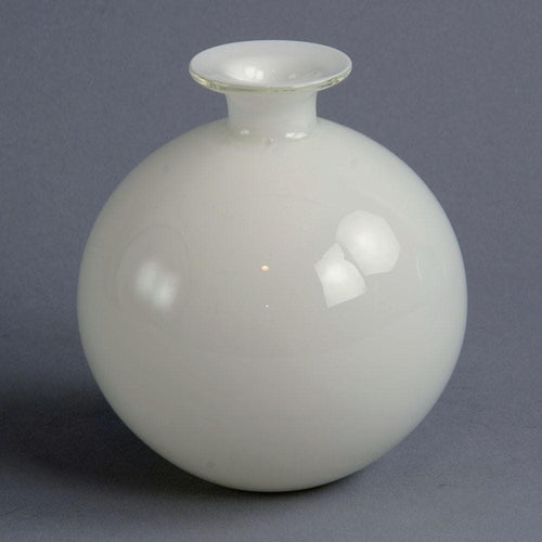"""Carnaby"" vase in white glass by Per Lutken C5002"