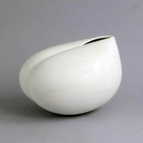 "Large porcelain ""Aphrodite"" form by Tapio Wirkkala for Rosenthal C5148"