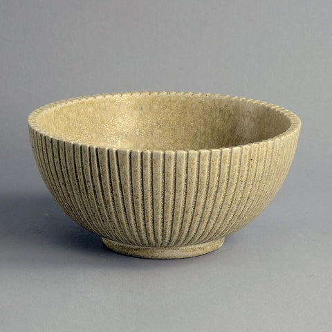 Ribbed cream bowl by Arne Bang