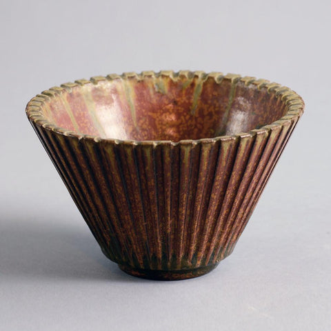 Bowl with sculptural base by Arne Bang