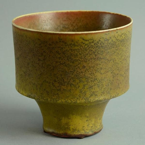 Vase with matte yellow-brown and red-brown glaze by Carl Harry Stalhane N9082