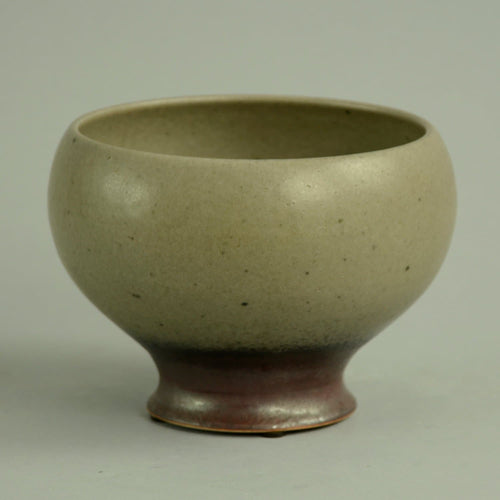 Unique stoneware bowl by Liisa Hallamaa N6928