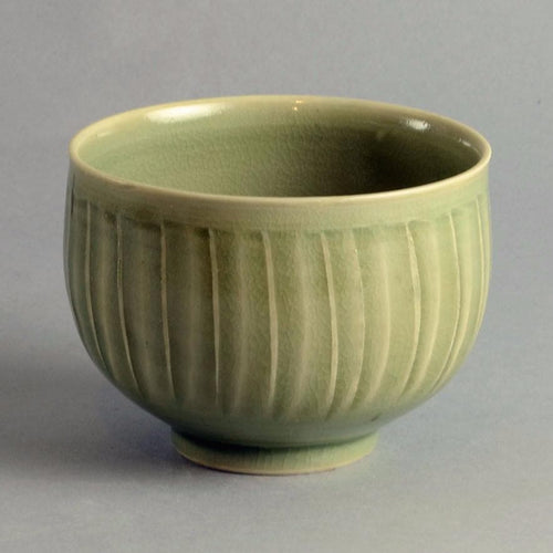 Unique stoneware bowl by David Leach A1152