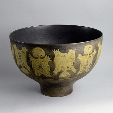 Monumental bowl by Edwin and Mary Scheier