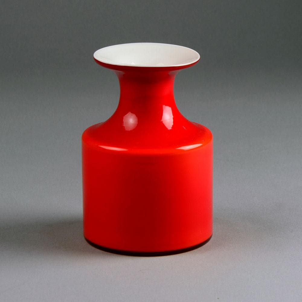 """Carnaby"" vase in red and white glass by Per Lutken C5189"
