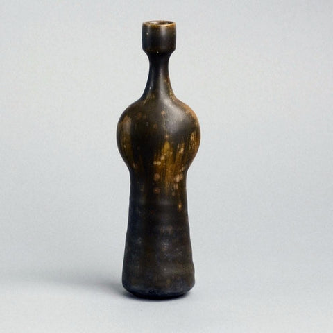 Stoneware vase by Willi Hornberger
