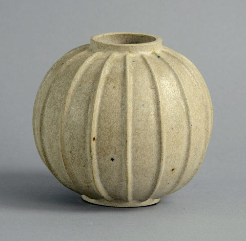 Stoneware ribbed vase with matte beige glaze by Arne Bang