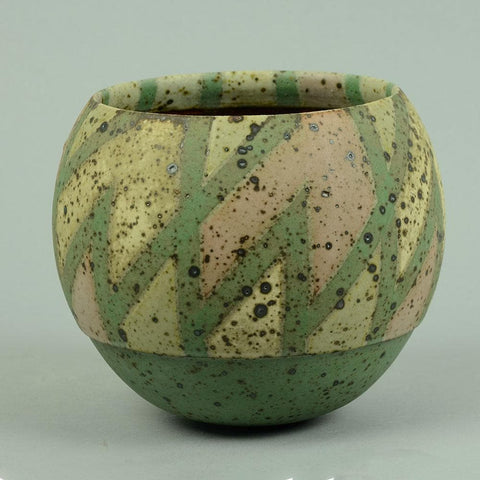 Round patterned vase by Ursula Scheid