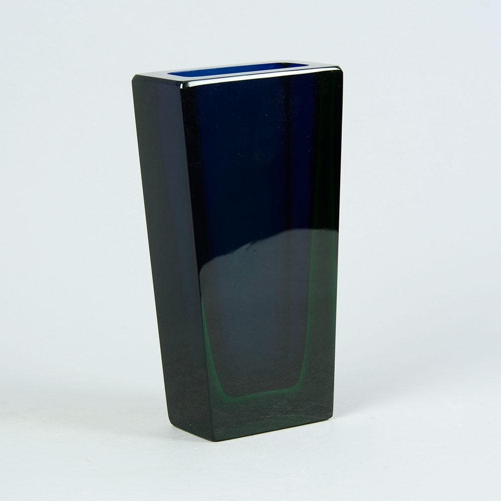 Blue and green glass vase by severin brorby c5400 freeforms severin brorby for hadeland norway rectangular vase reviewsmspy