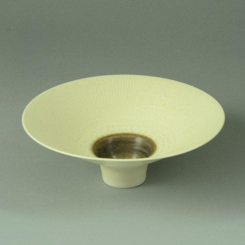 Peter Wills, UK, porcelain bowl with matte white and brown glaze N9367