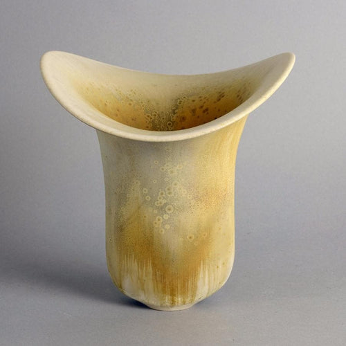 Stoneware vase by Gottlind Weigel