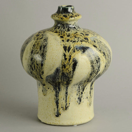 Large unique stoneware vase by Ingvild Havrevold B3932