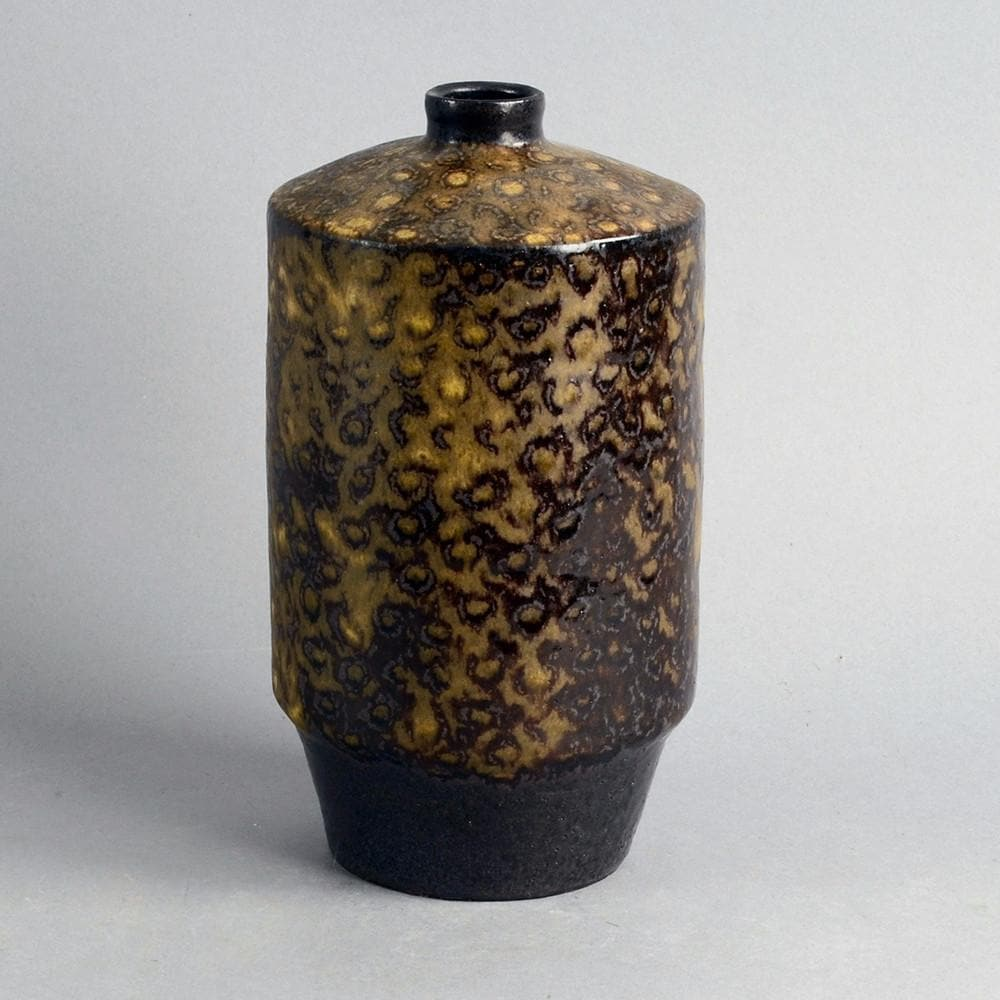 Stoneware vessel by Ingrid and Bruno Asshoff