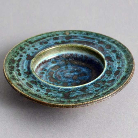 Unique stoneware dish by Annikki Hovisaari for Arabia
