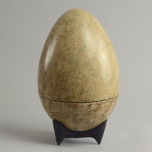 Large stoneware egg by Hans Hedberg